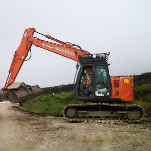 hitachi-zx135-us