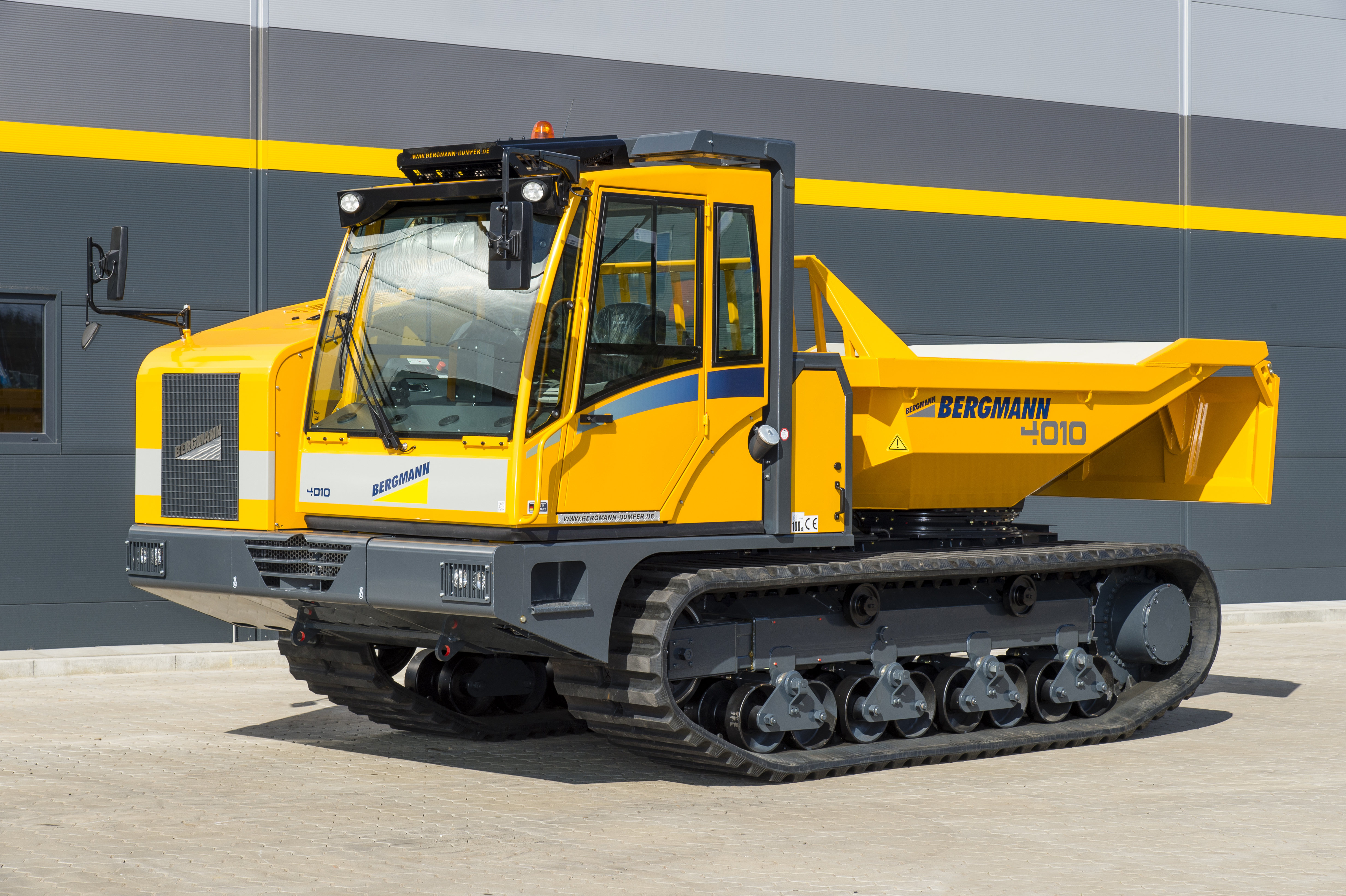Tracked Dumpers Bunton Plant Hire